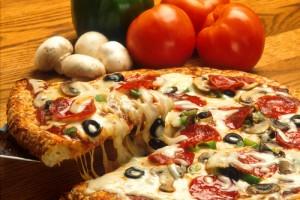 pizza eten tomaat