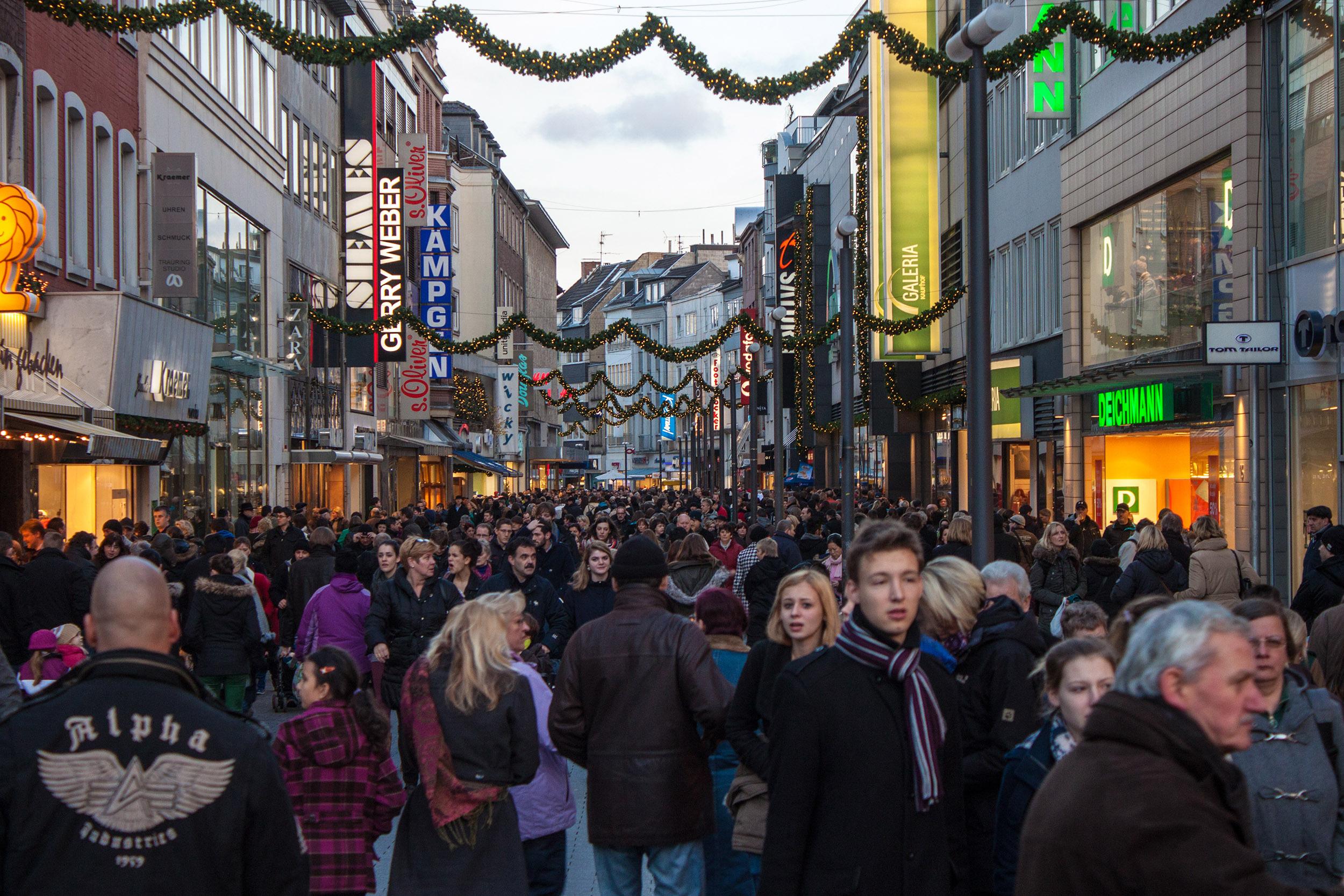 Sinterklaas En Kerstaankopen Zes Trends Emerce