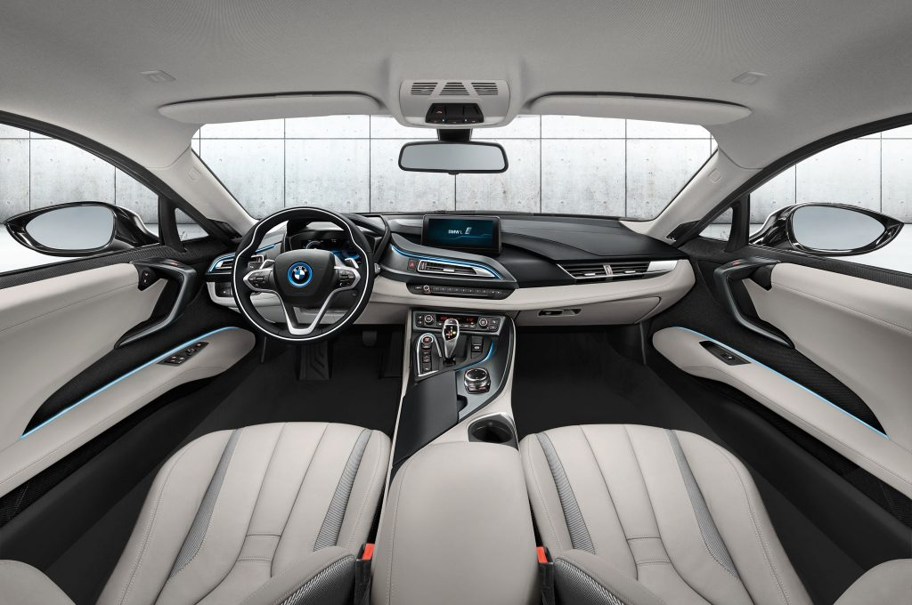 BMW-i8-dashboard