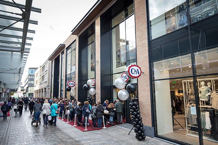 aad8b930bbb C&A Almere Centrum opent deuren vernieuwde winkel - Emerce