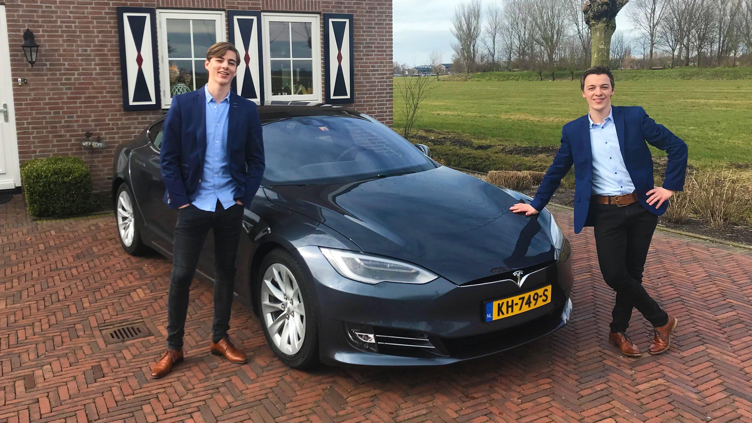 Studenten Claimen Grootste Online Platform Voor Elektrische Auto S