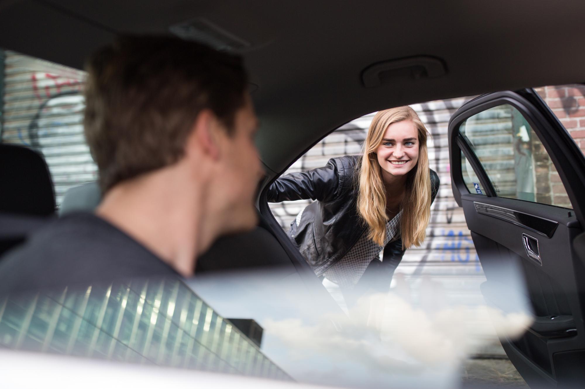 uber gaat ook in autohuur en ov tickets emerce Auto Huren Rotterdam.htm #3