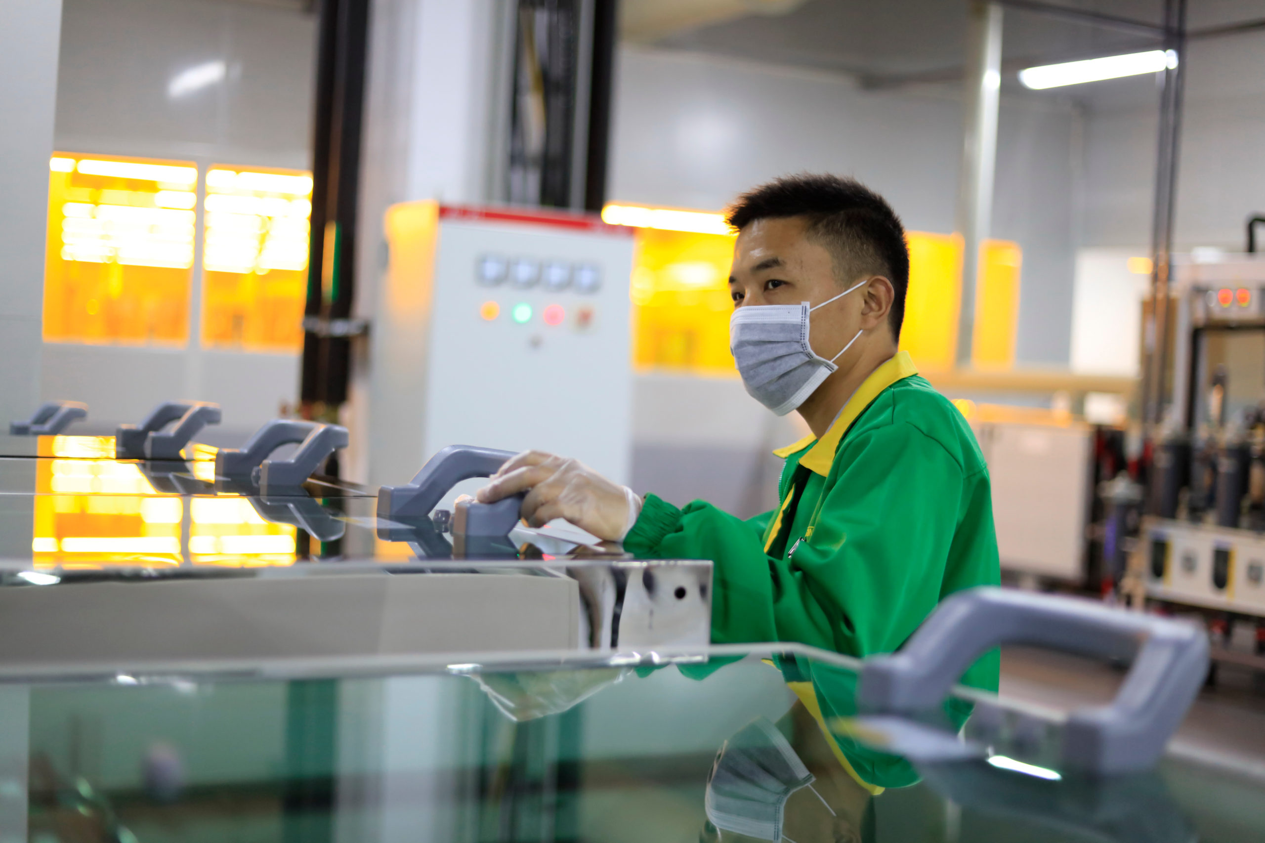 Productie in China komt langzaam weer op gang
