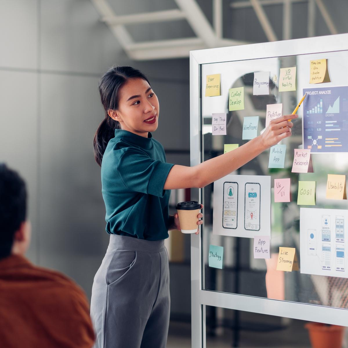 Een digitaletransformatiestrategie ontwikkelen? Gebruik het flywheel model van Hubspot